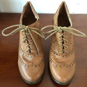 Forever 21, High Heel Wingtip Lace-up Oxfords